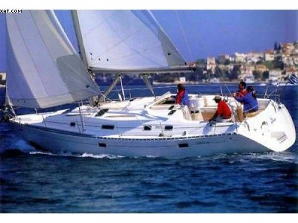 Oceanis 381 (3 cab) (Bahamas)