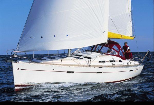 Oceanis 393 (3 cab) en Cabo Verde