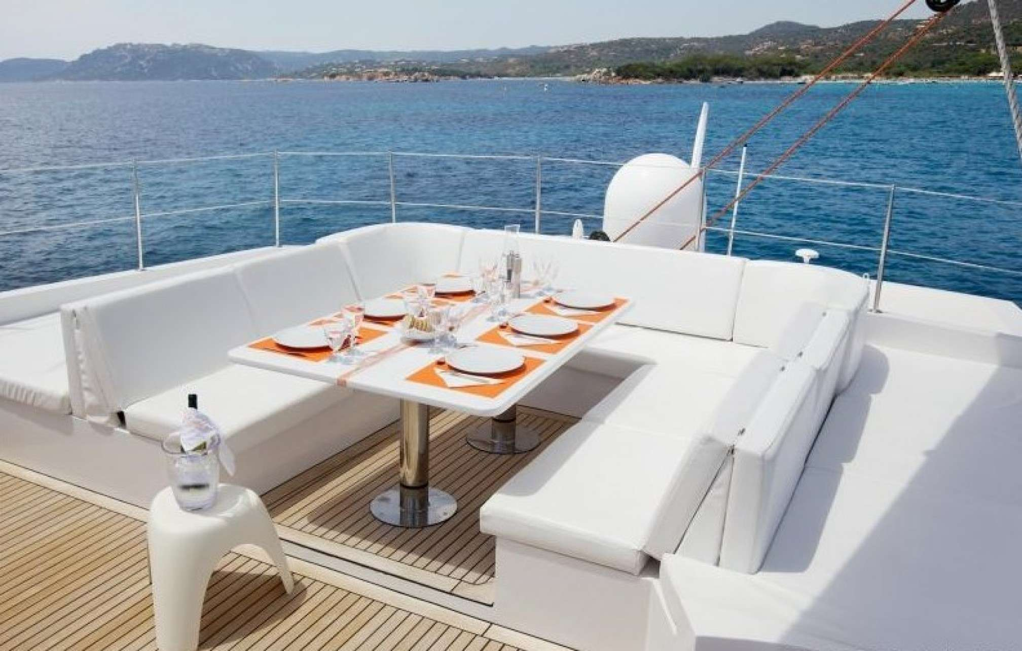 MAITA'I Luxury Catamaran Deck