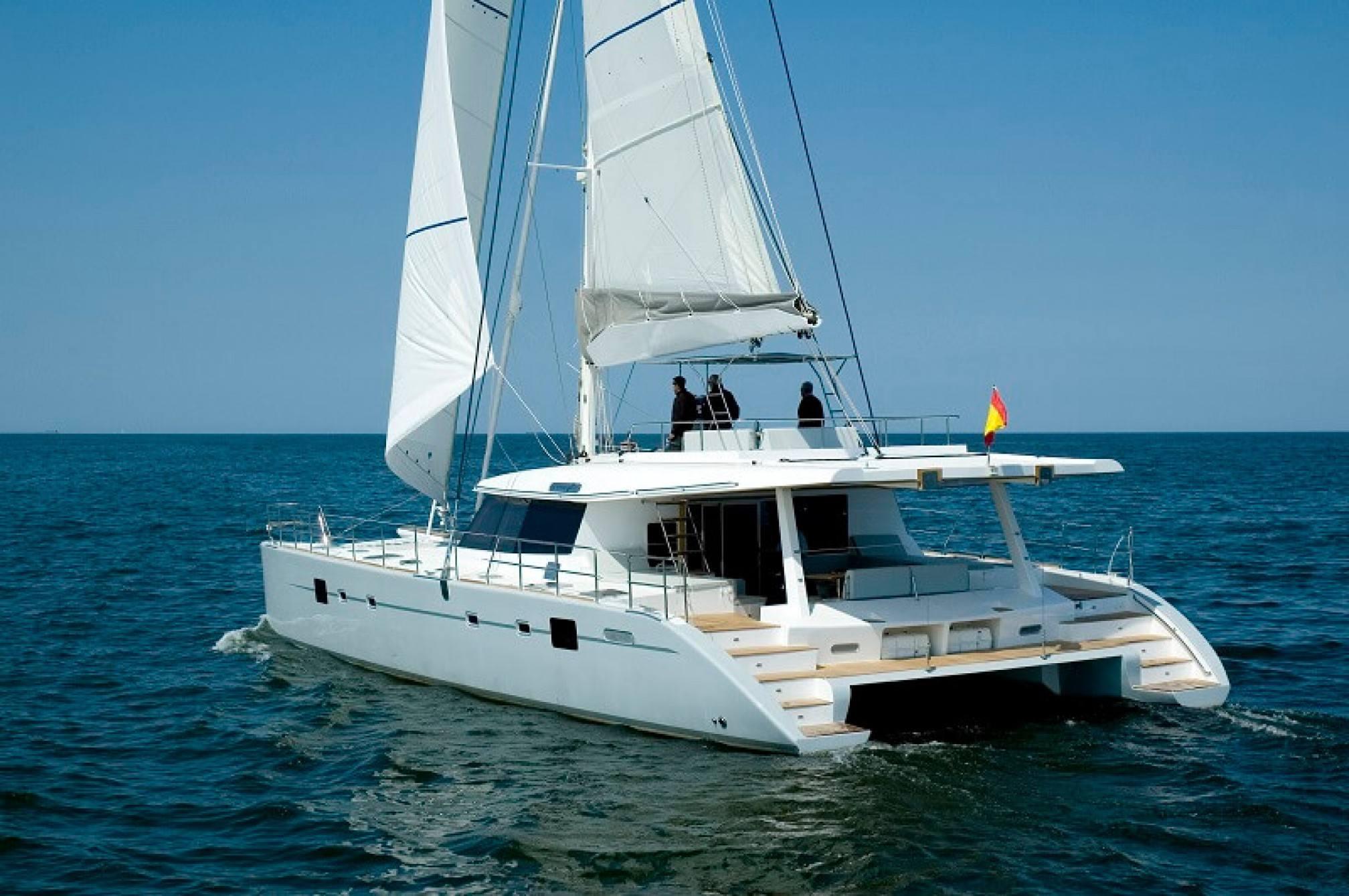 Depende IV luxury catamaran charter sailing