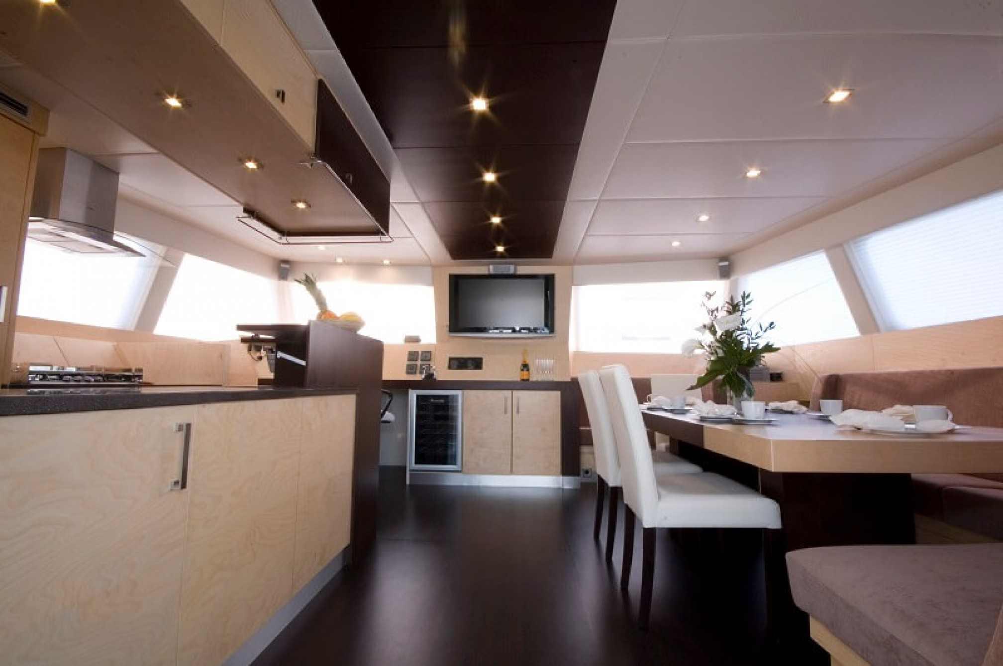 Depende IV luxury catamaran charter salon