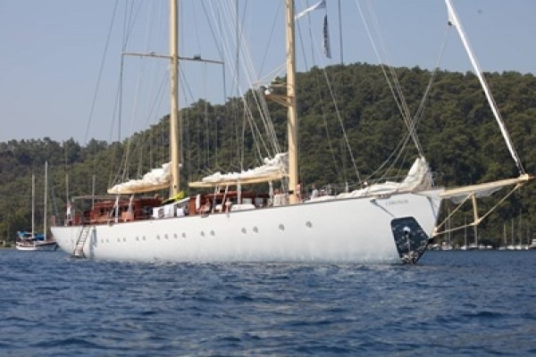 Chronos deluxe sailboat charter, sailing