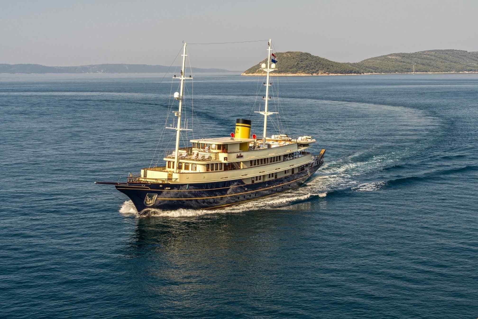 Casablanca gulet charter sailing