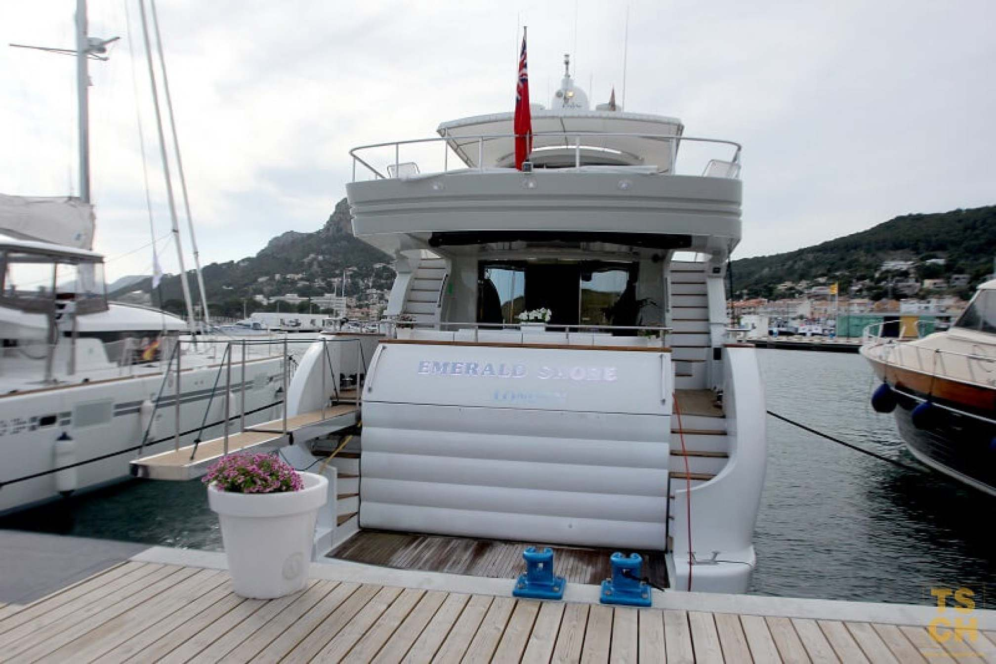 Emerald Shore motor yacht charter moored