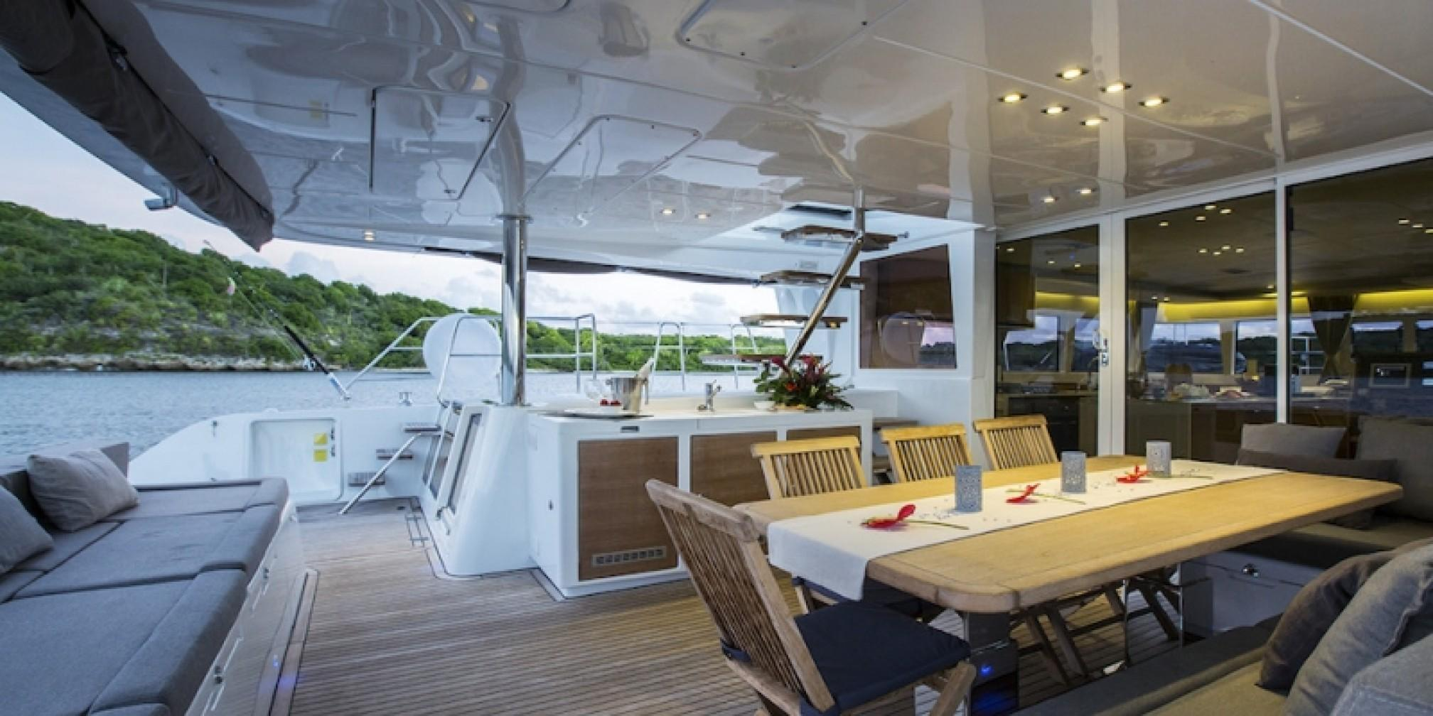 Vacoa Luxury Catamaran Outdoor Saloon
