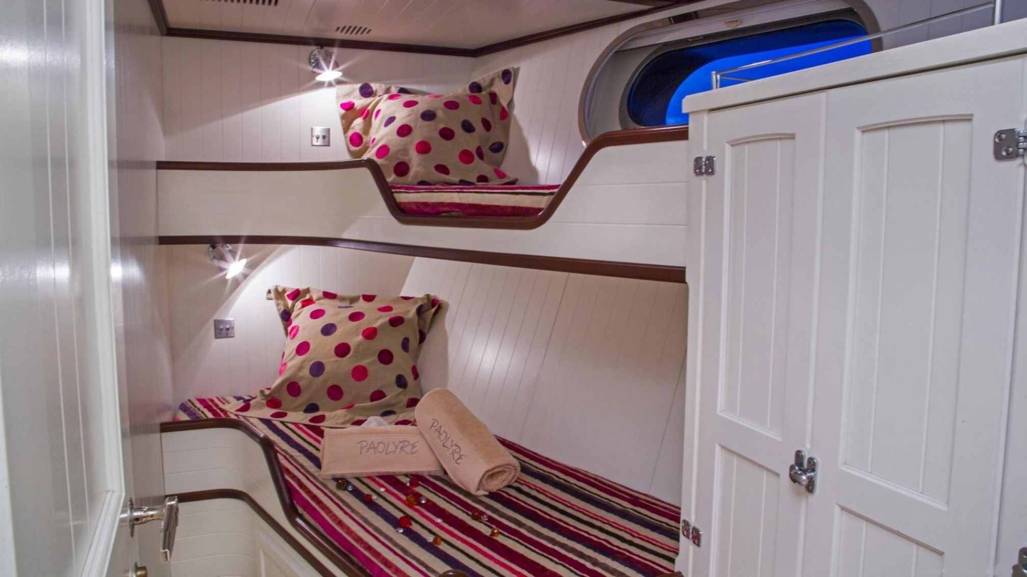 Paolyre Luxury Yacht Bedroom