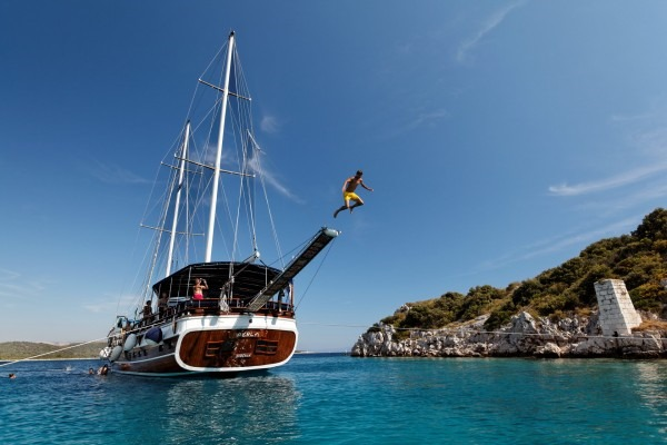 Perla Luxury 14 pax - Blue cruise in Croatia