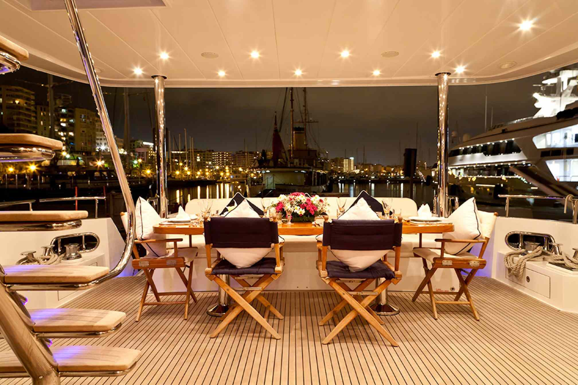 Samaric luxury yacht charter outdoors salon