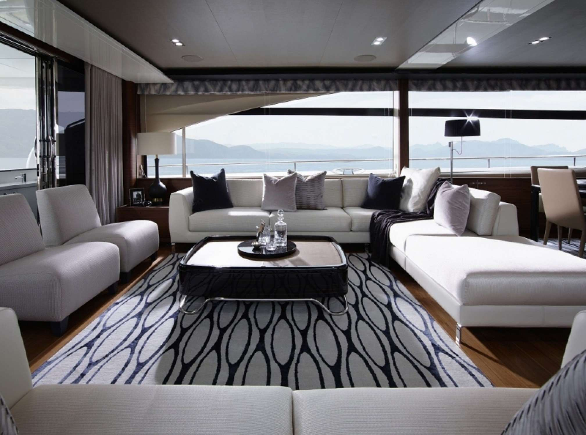Princess 85 yacht charter salon