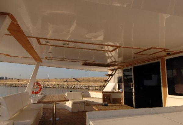 Turete Sunreef 62 - Rent a catamaran in Denia