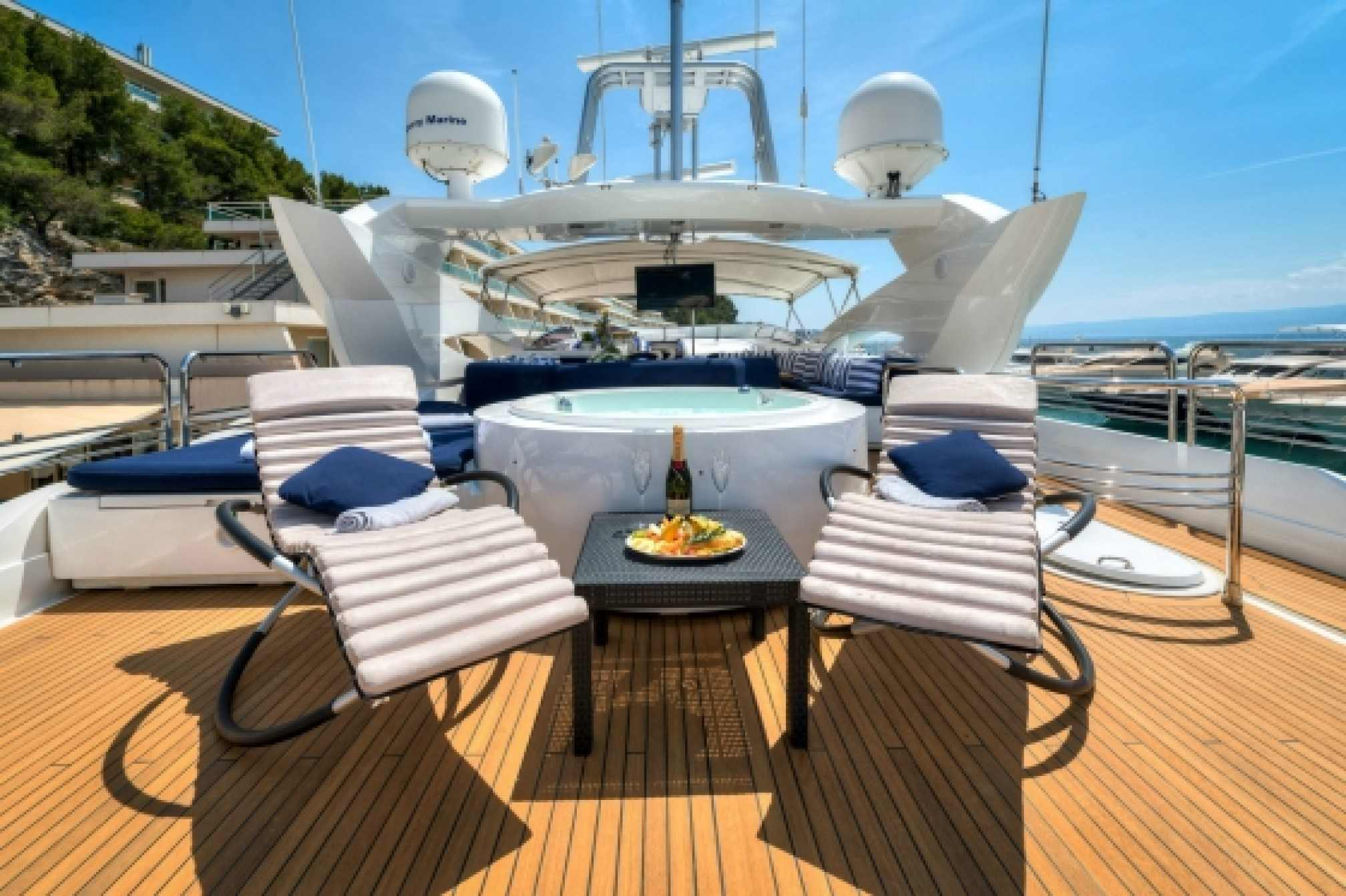 Sunseeker 105 charter yacht outdoors