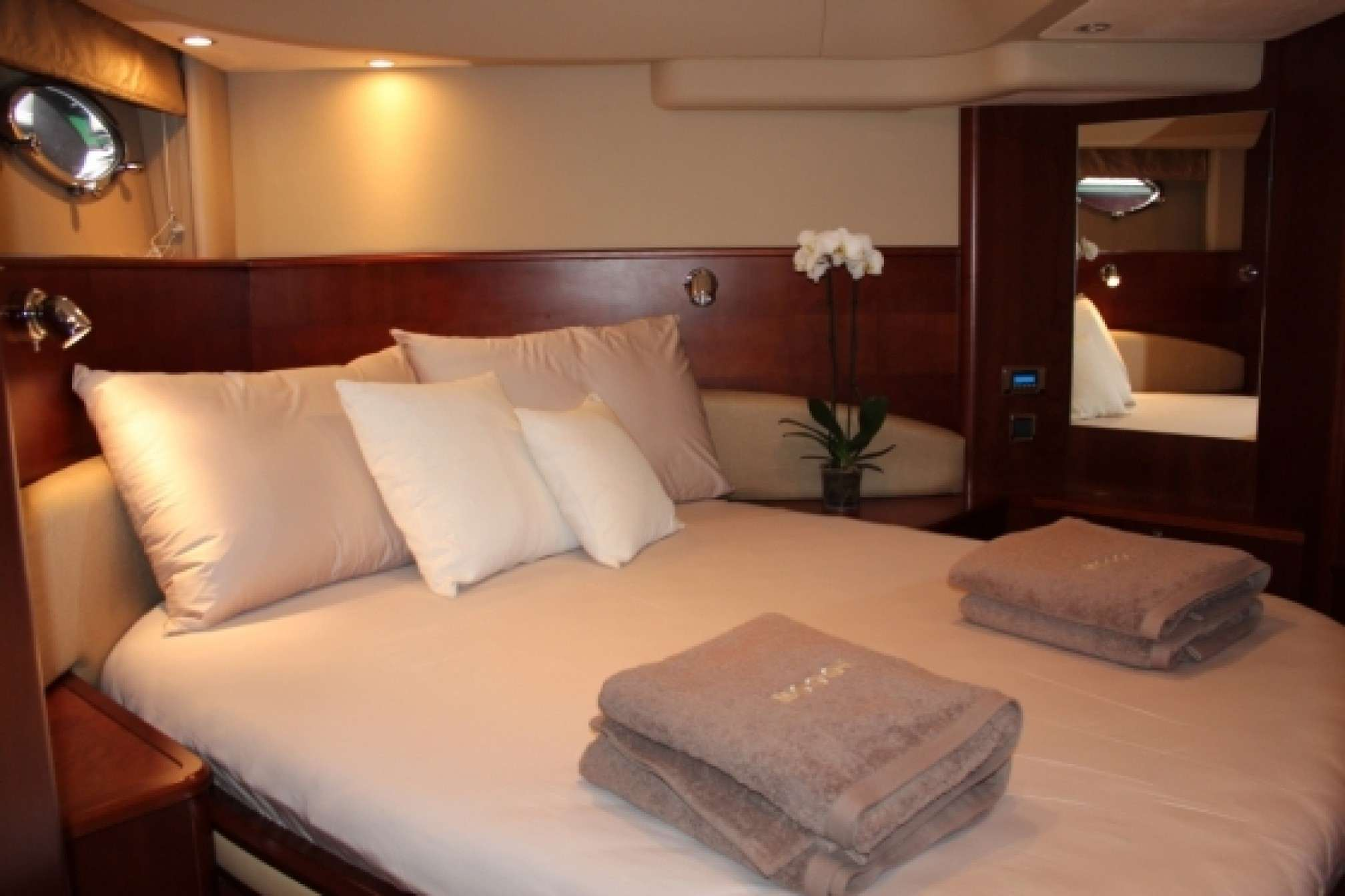 Princess V58 charter yacht double cabin