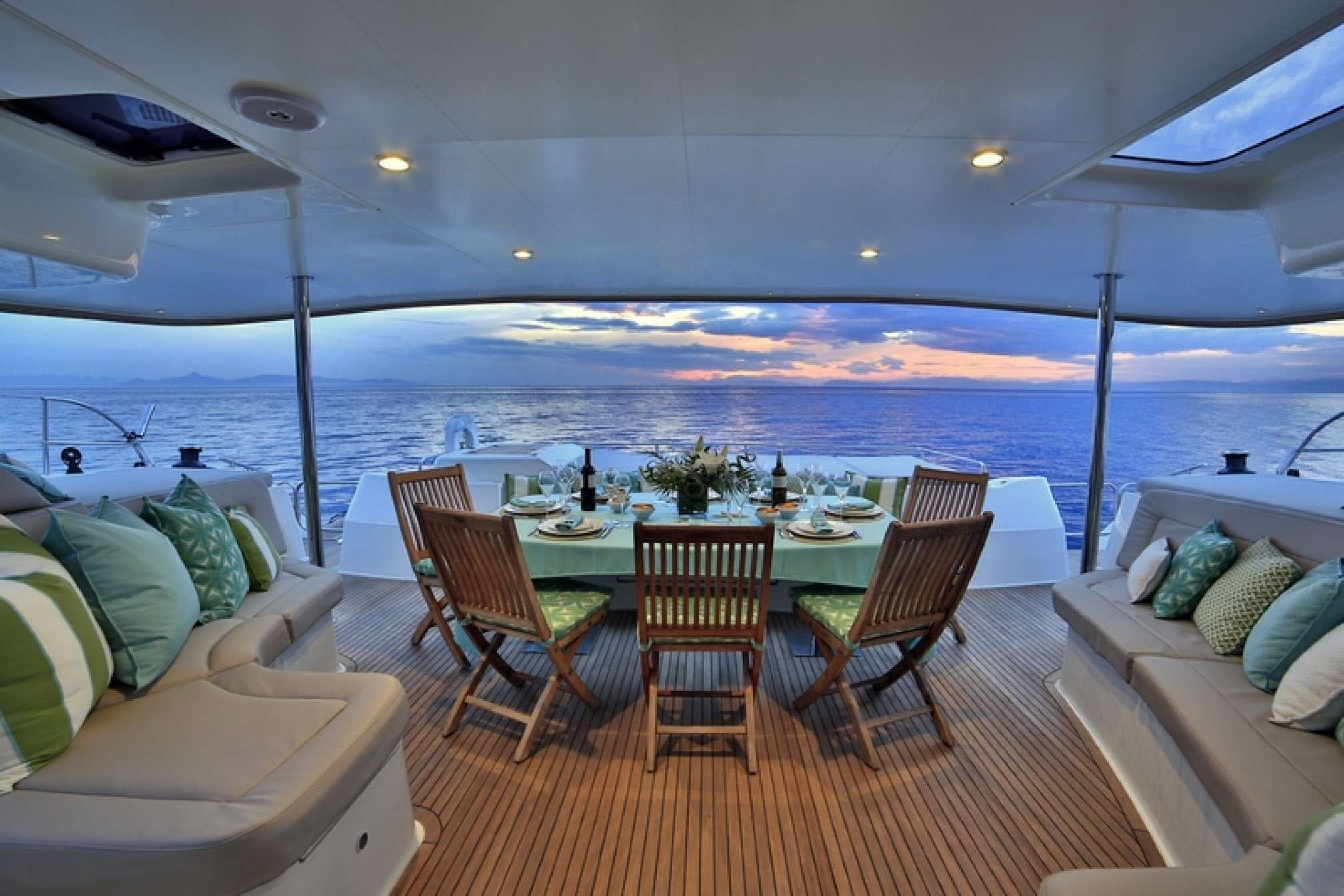 'World's End' catamaran charter deck