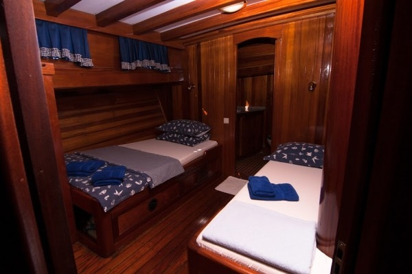Andi Star Luxury 10/14 pax - Blue cruise in Croatia