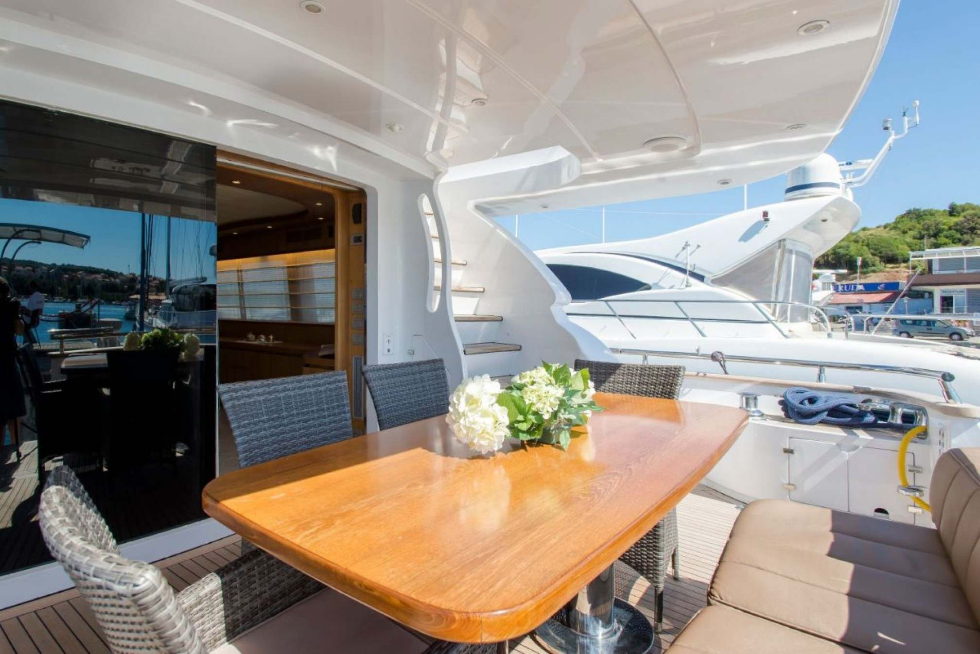 Maiora 23 charter yacht outdoors