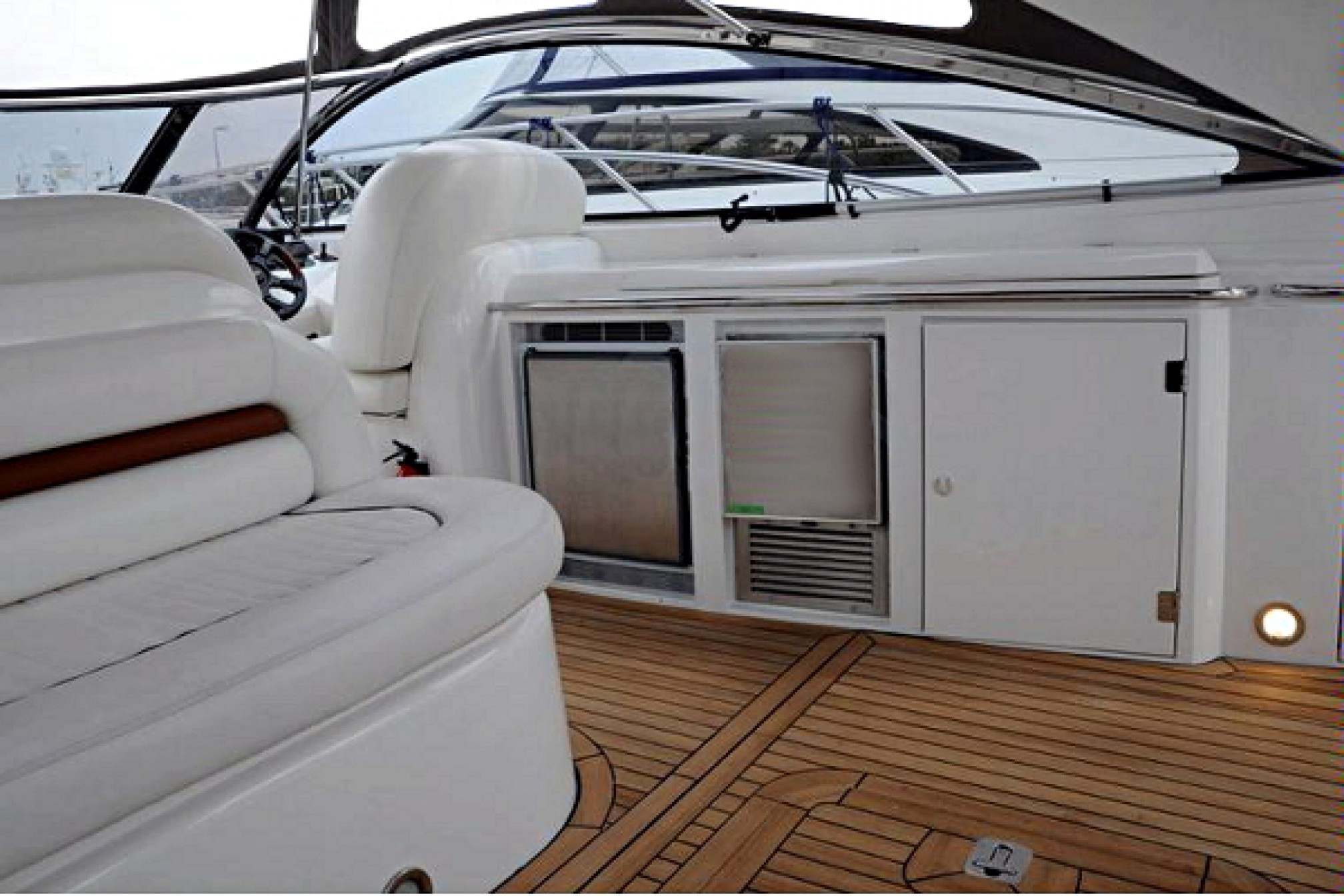 Sunseeker camargue 50 charter motorboat outdoors