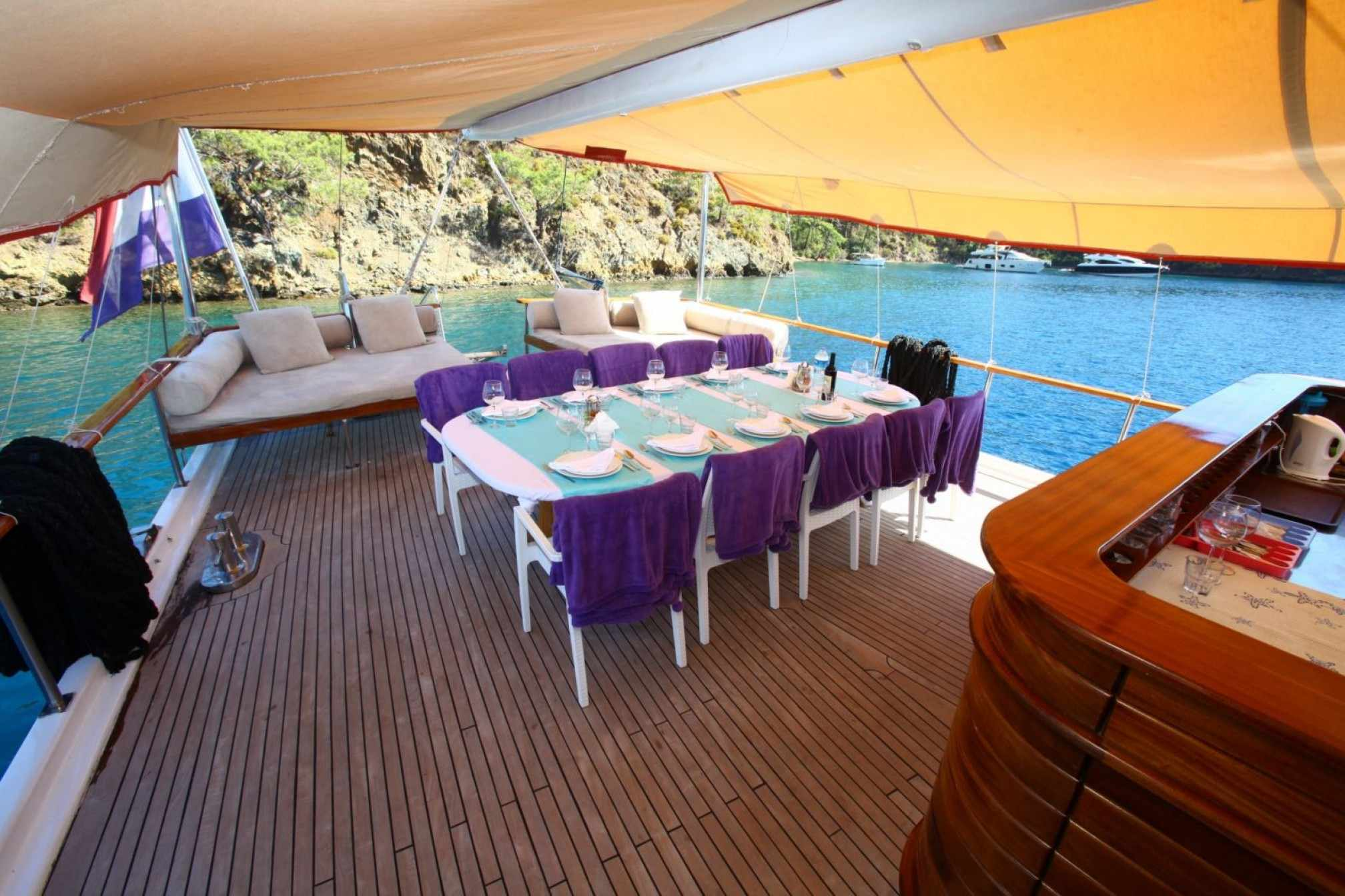 Sirena gulet charter outdoors dinning
