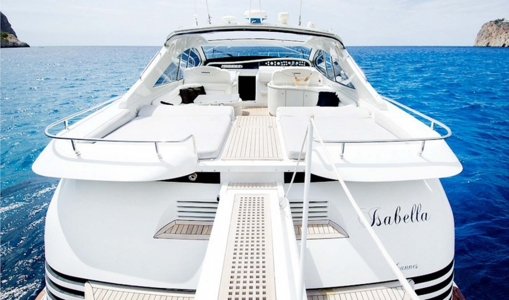 Pershing 54 charter yacht outdoors