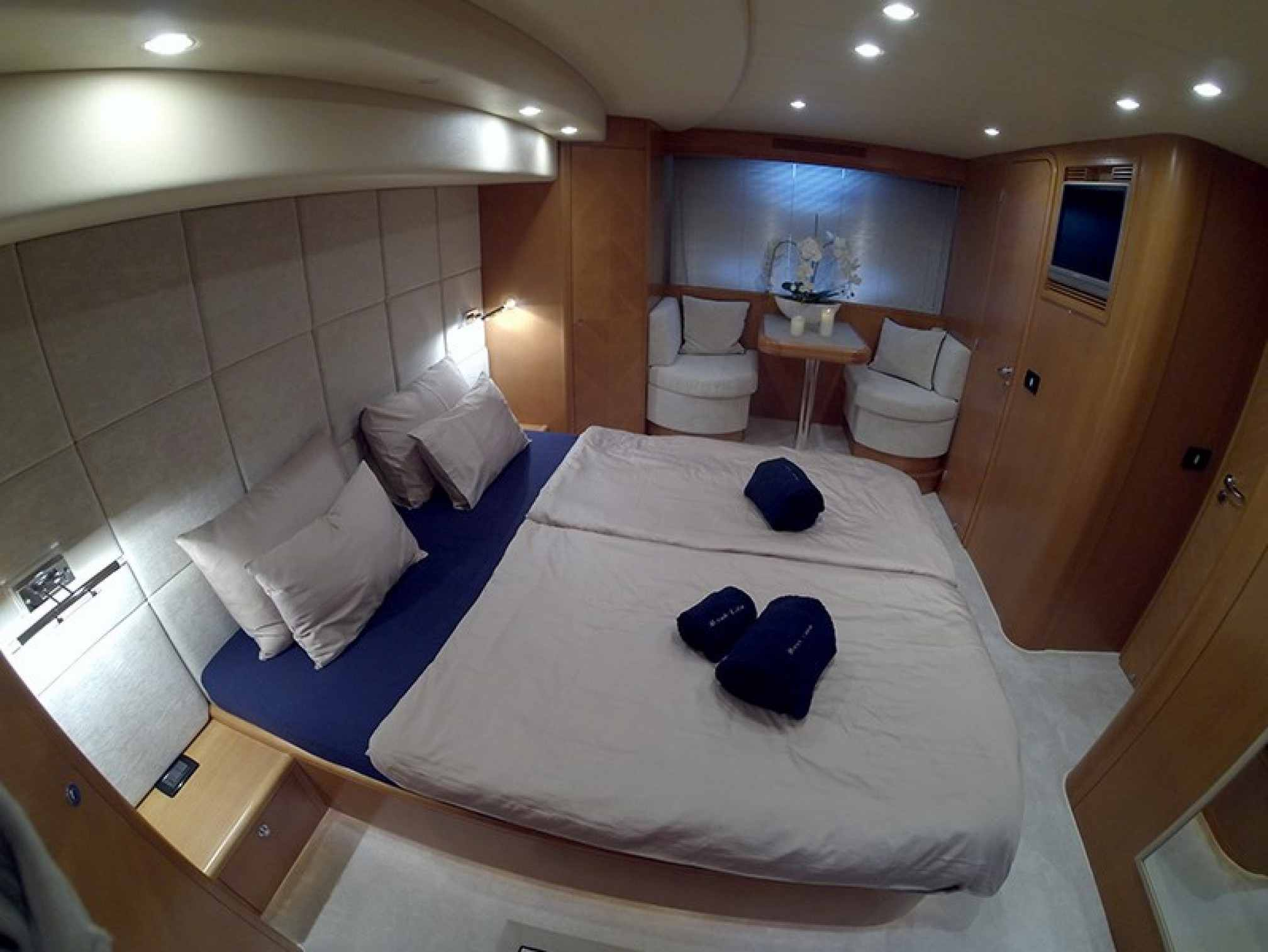 Uniesse 70 yacht charter cabin