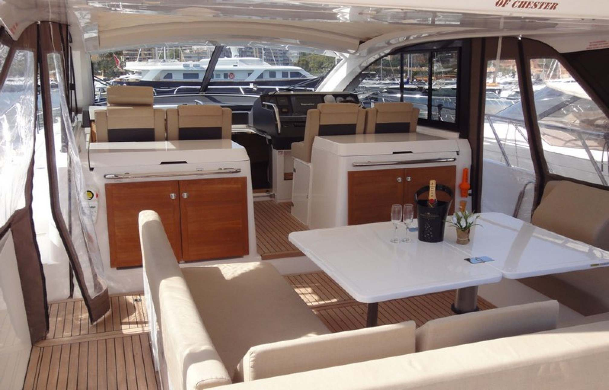 Sealine SC42 yacht charter outdors