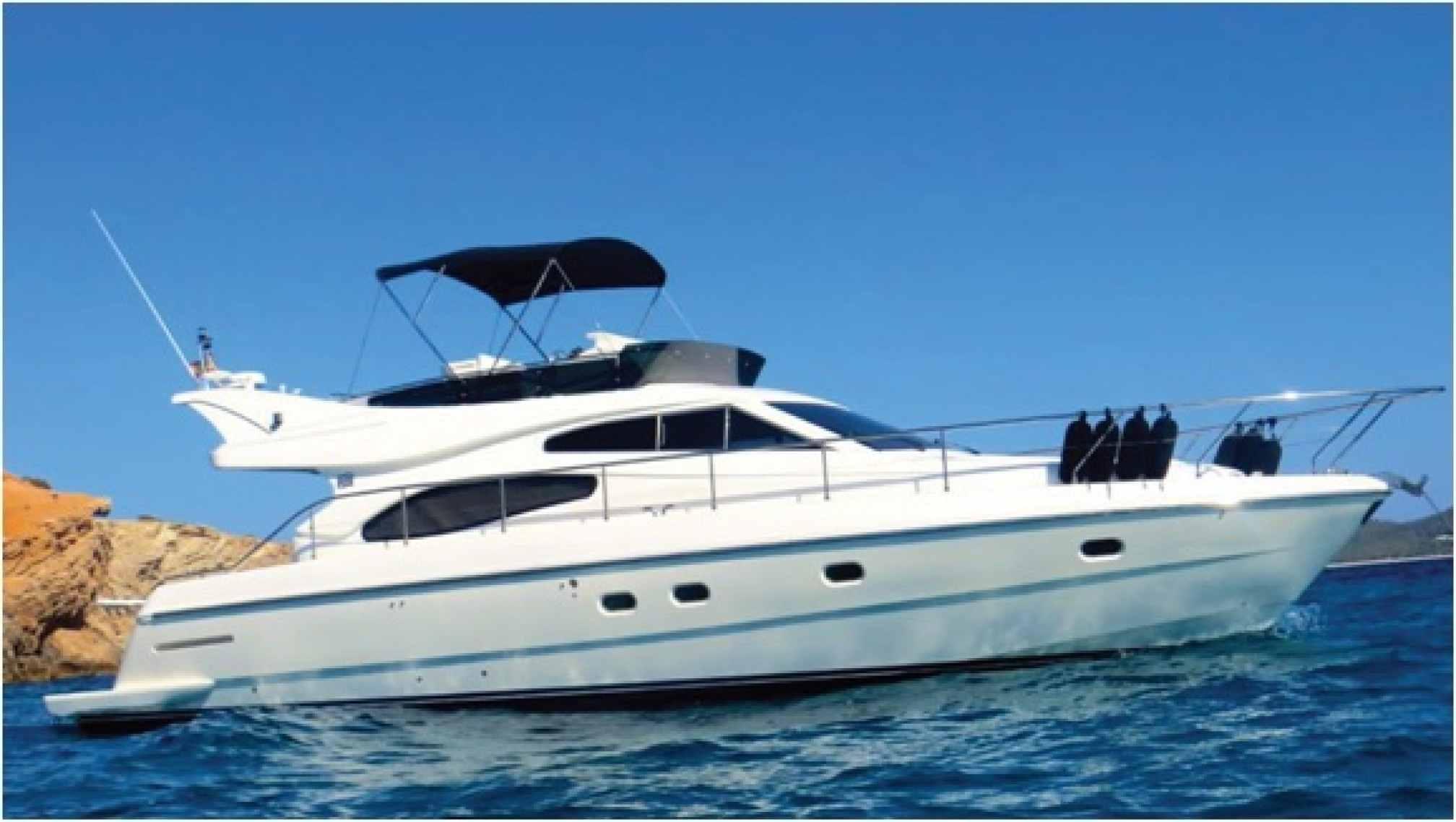 Ferretti 480 yacht charter sailing
