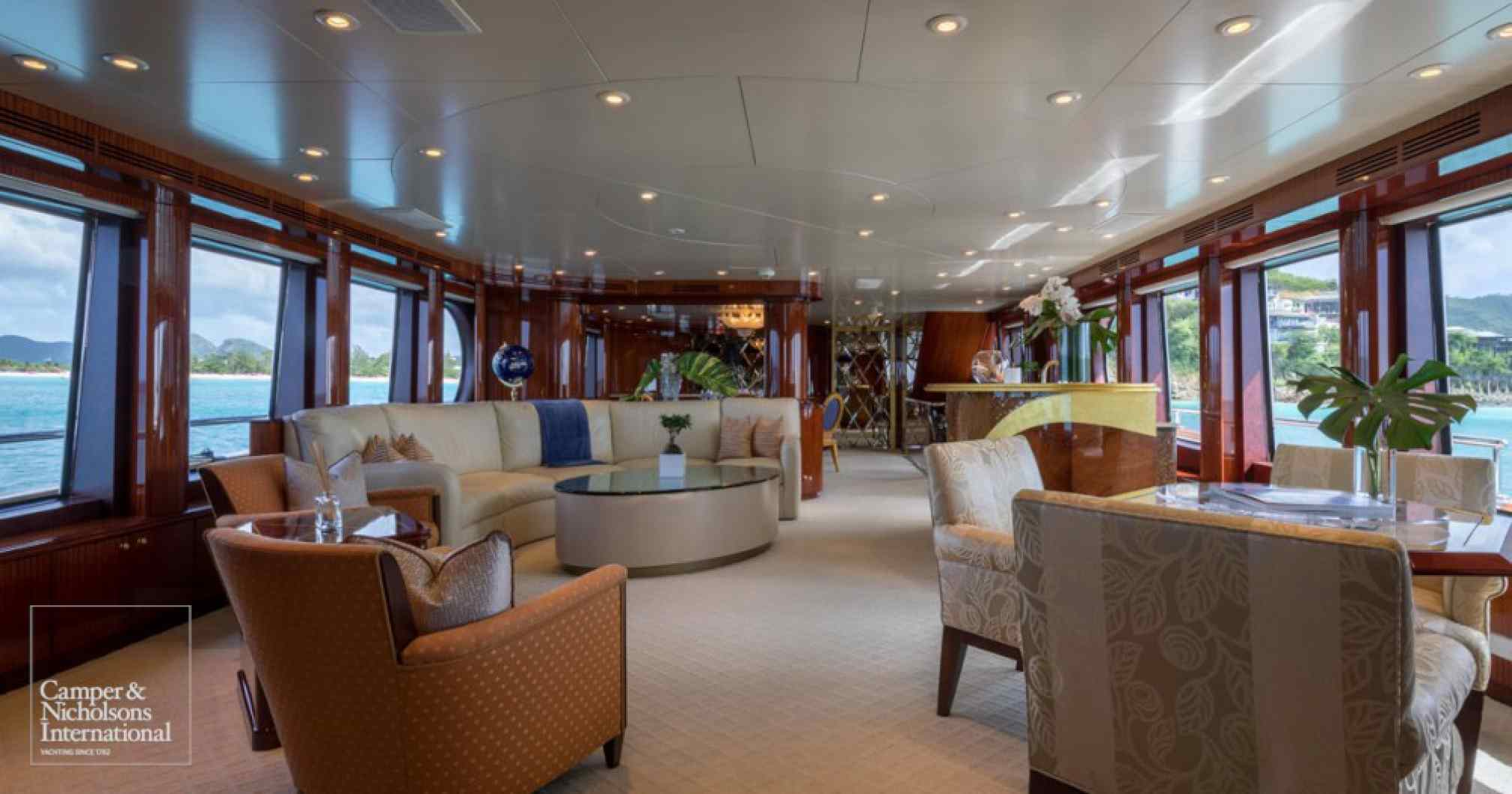 Touch yacht charter salon