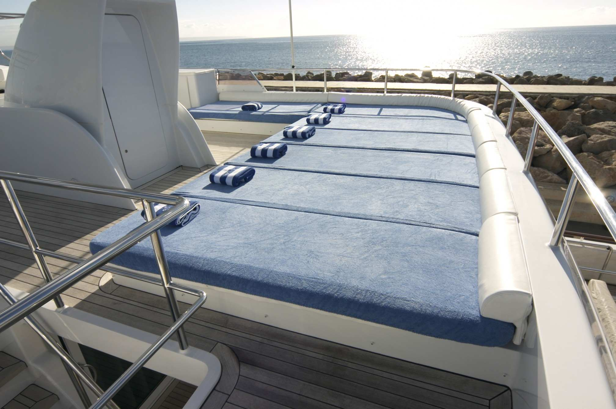 ALCOR yacht charter outdoors