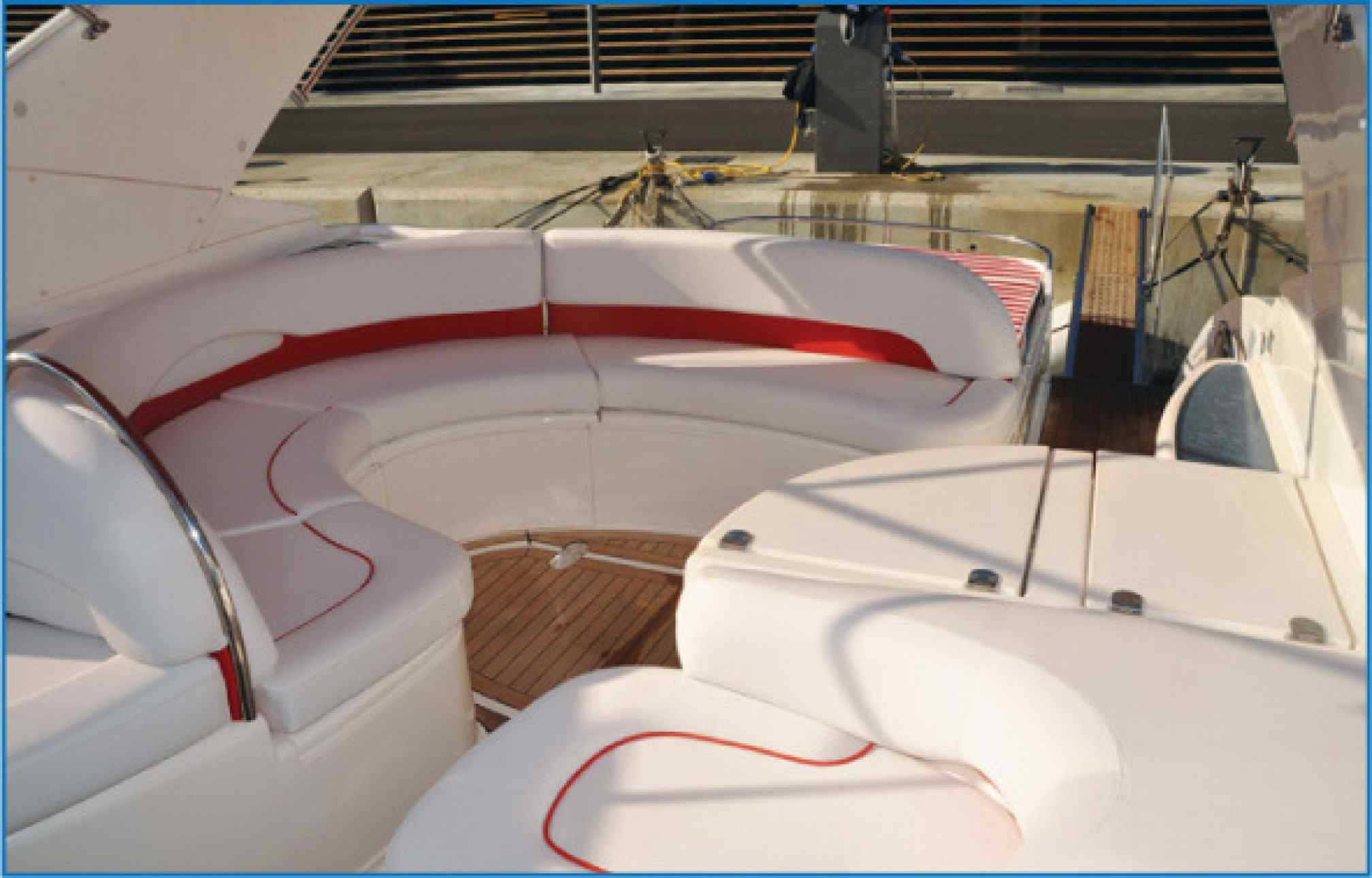 Fairline Targa 43 yacht charter cockpit