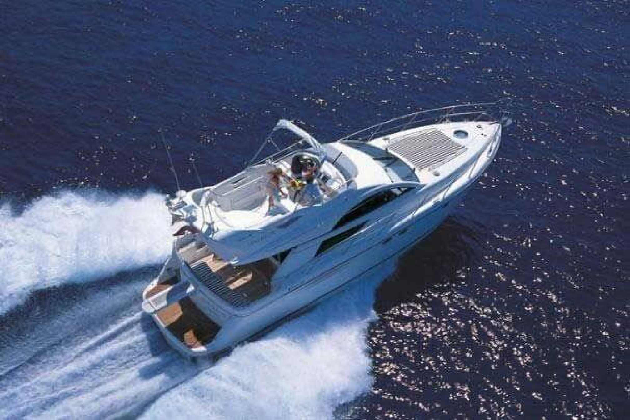 Fairline 46 yacht charter sailing
