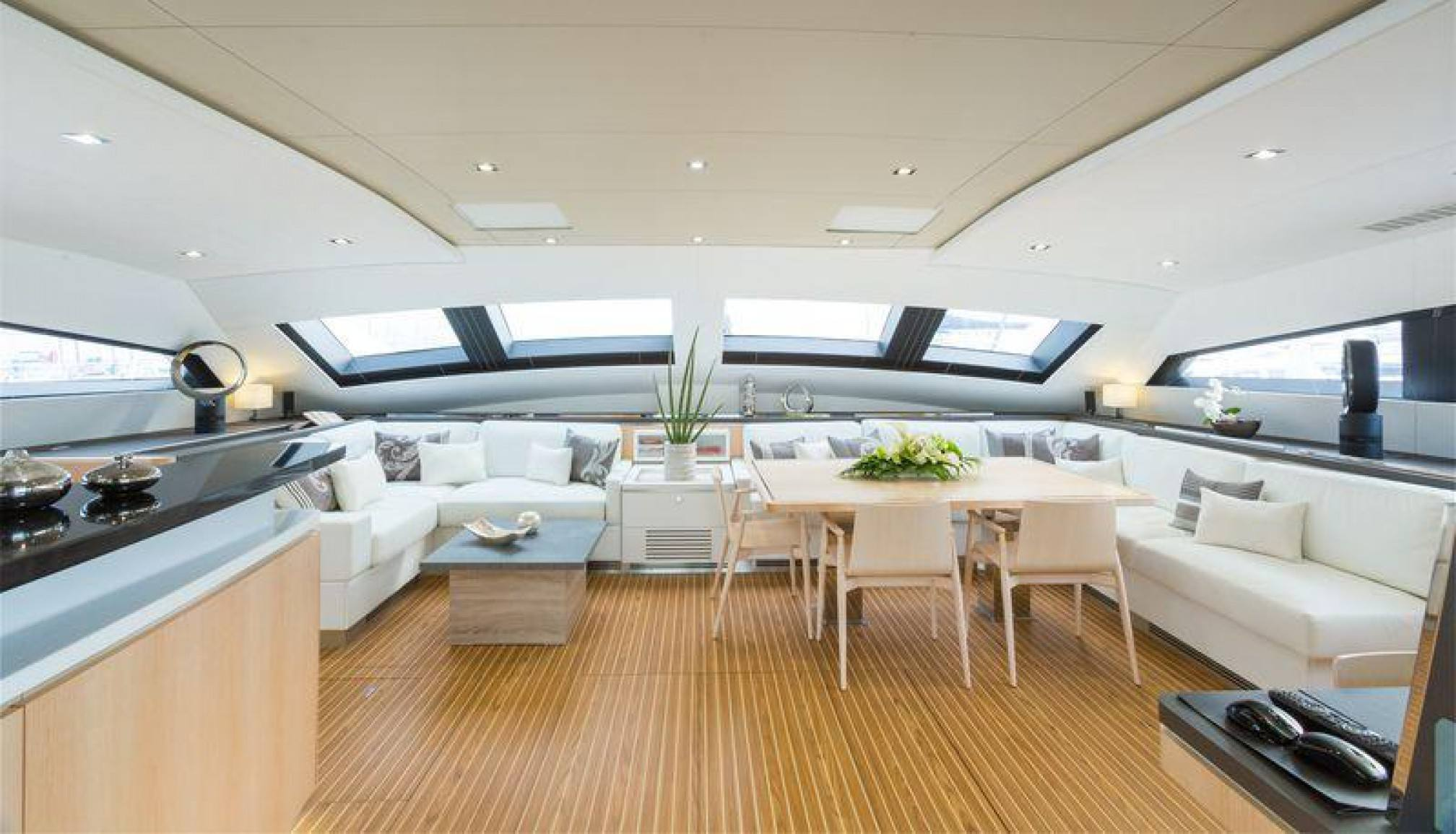 Privilege Serie 7 Namaste sailboat charter salon