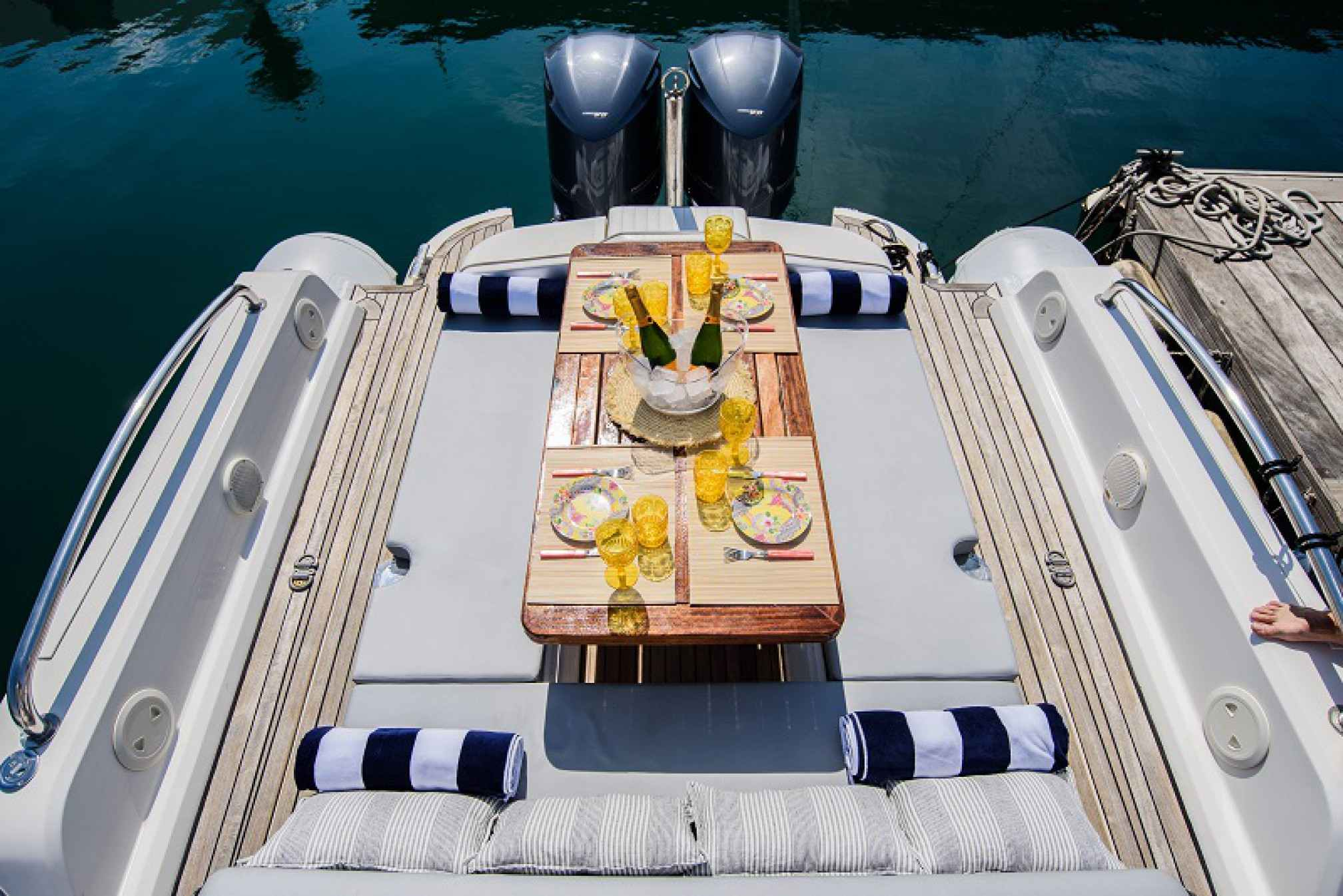 Med-One-Motorboat-charter-outdoor