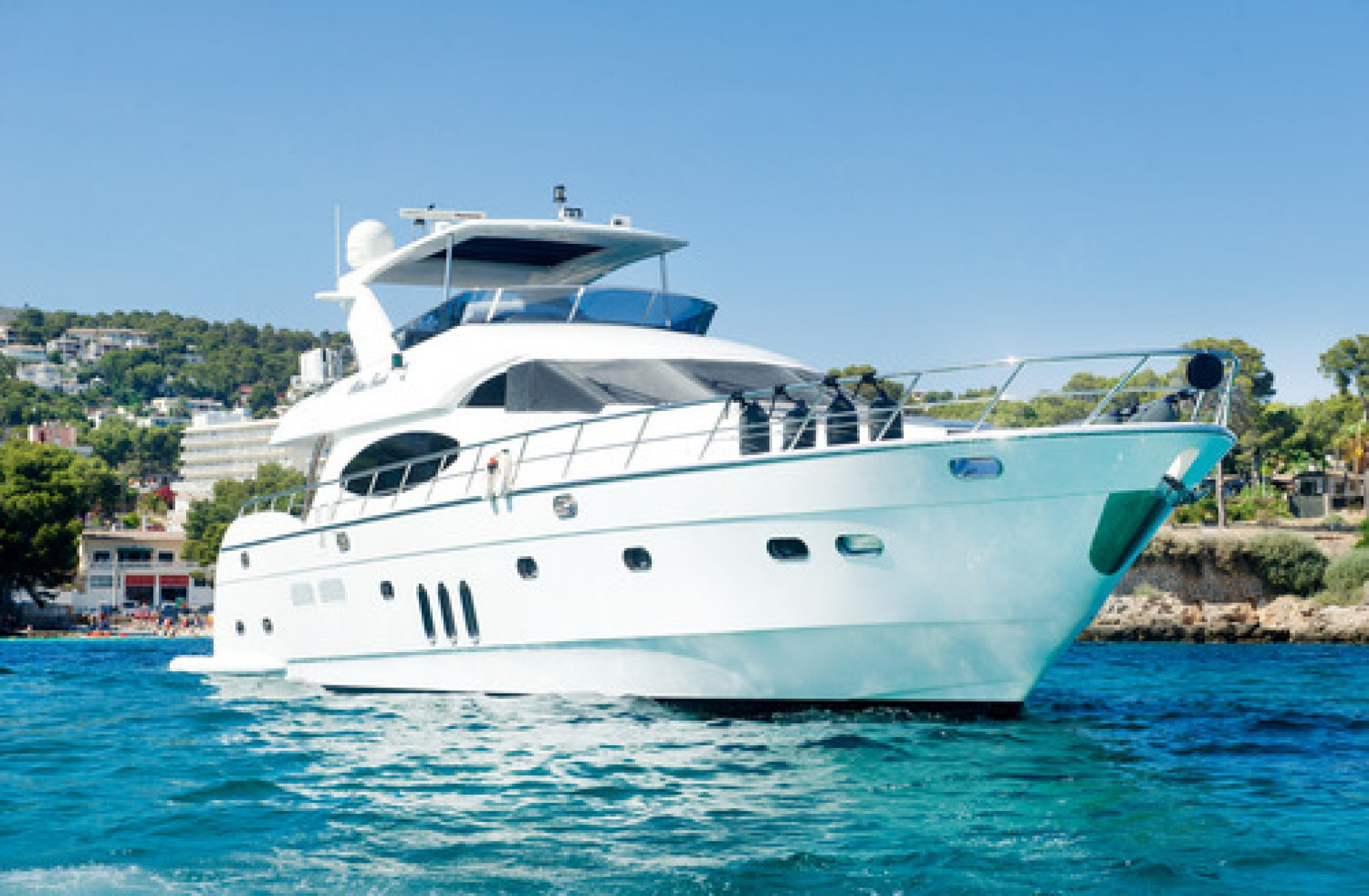 Rental yacht Midas Touch 8 pax anchored