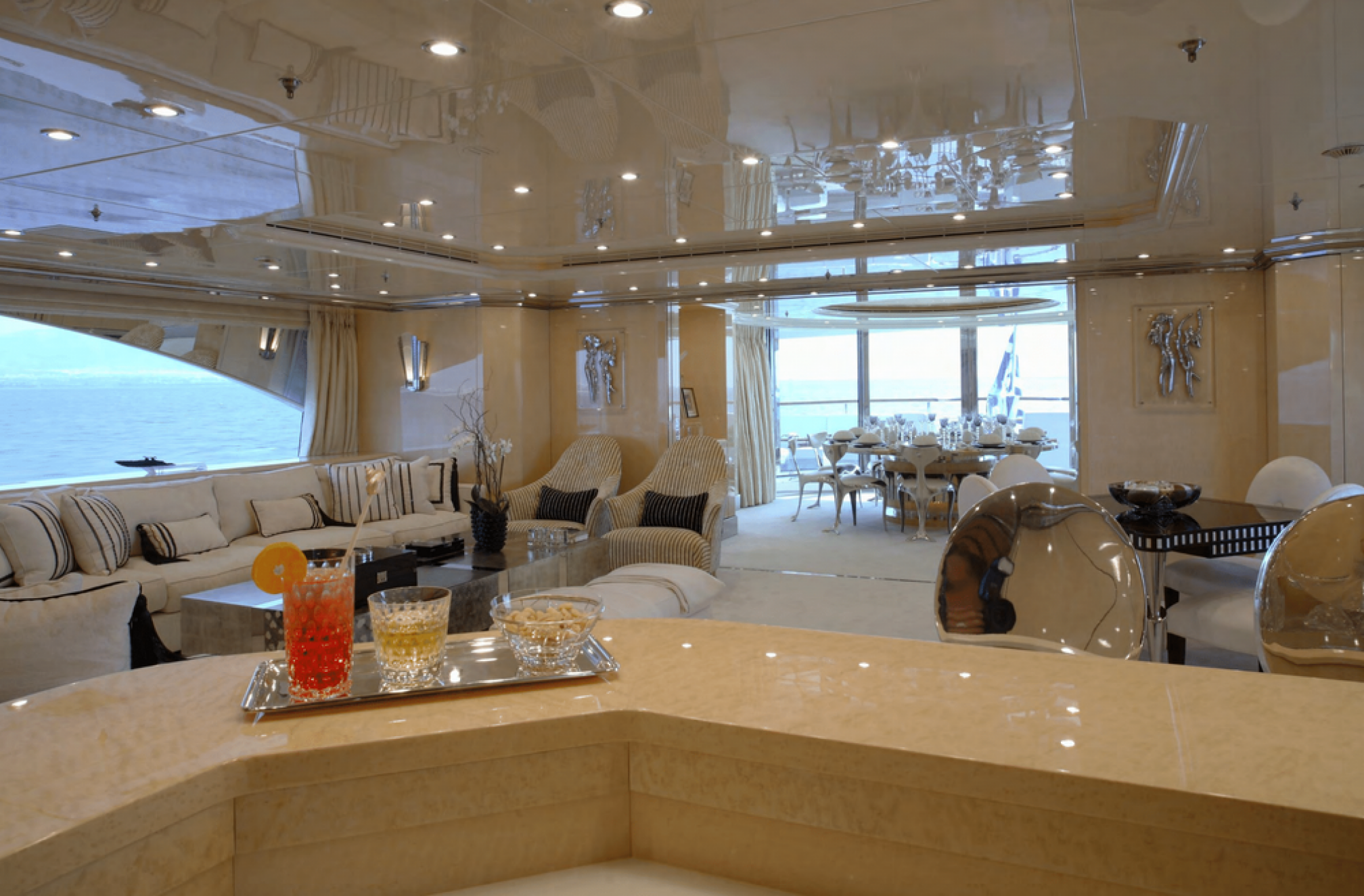 Sunday charter mega yacht salon