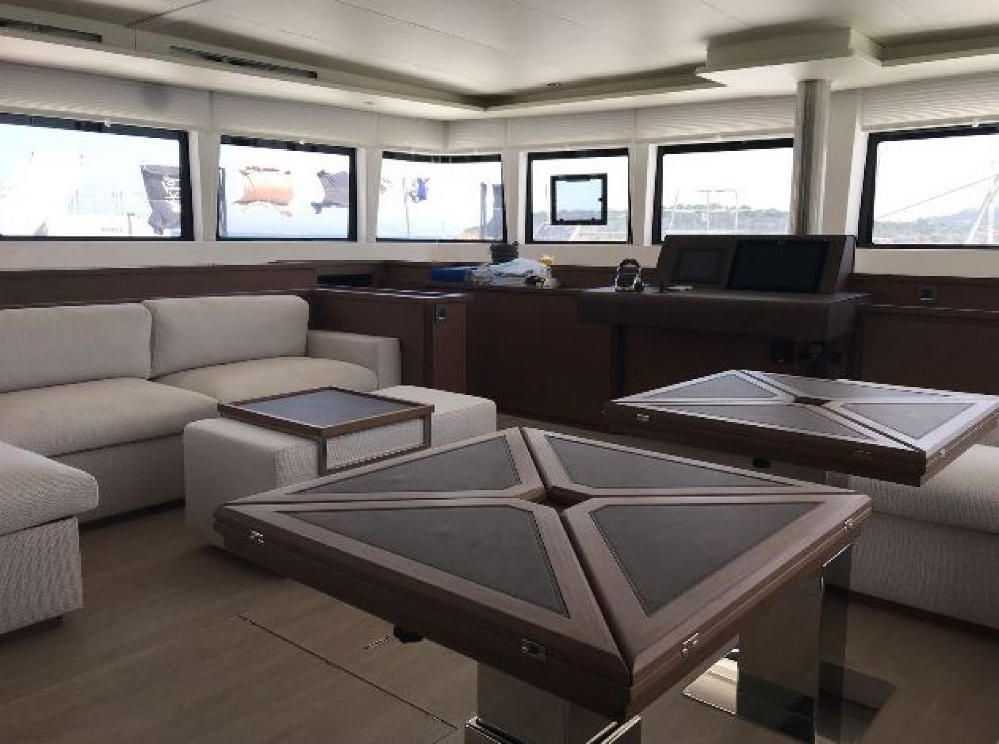 Rental catamaran  indoors