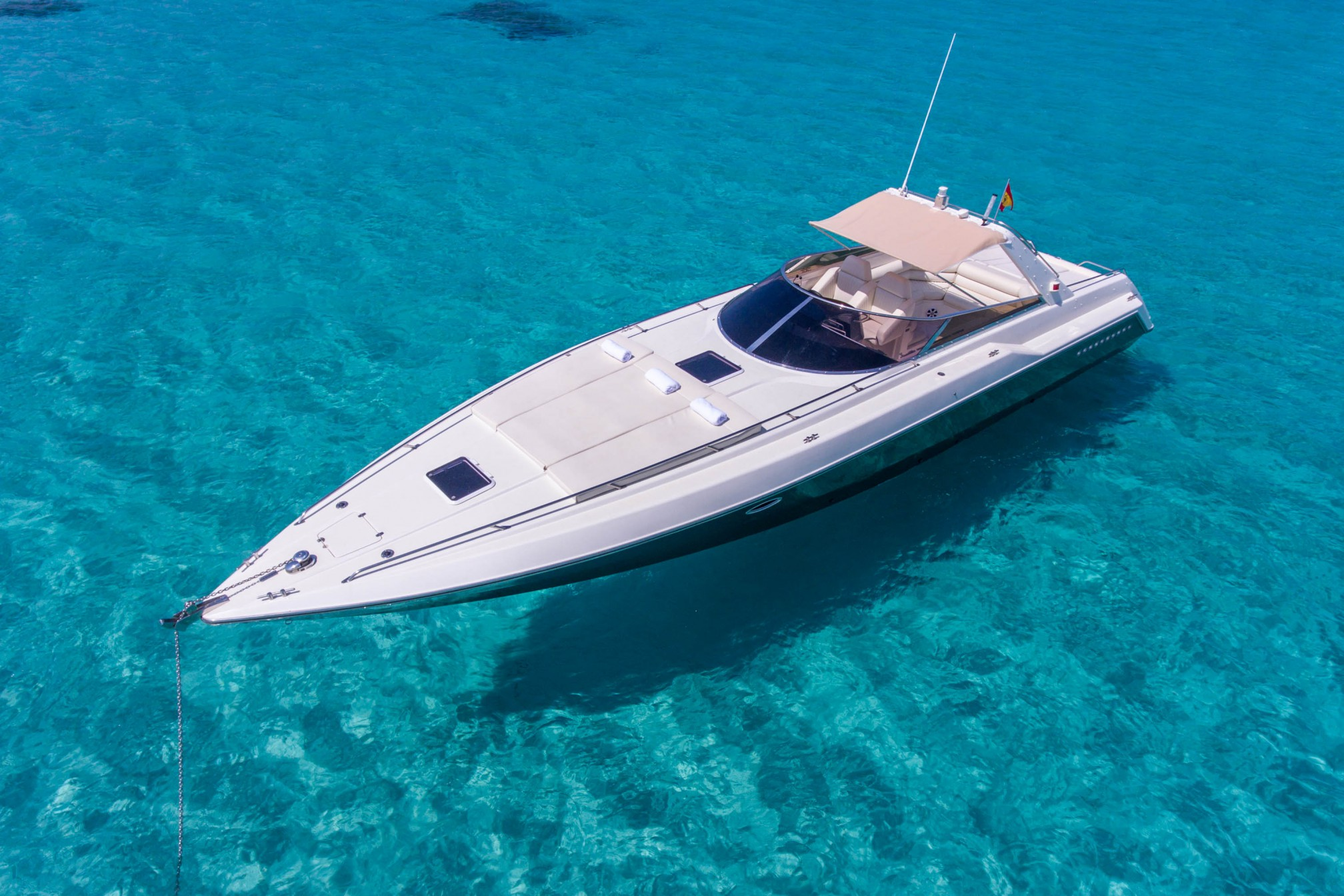Rental yacht Sunseeker 43 sailing