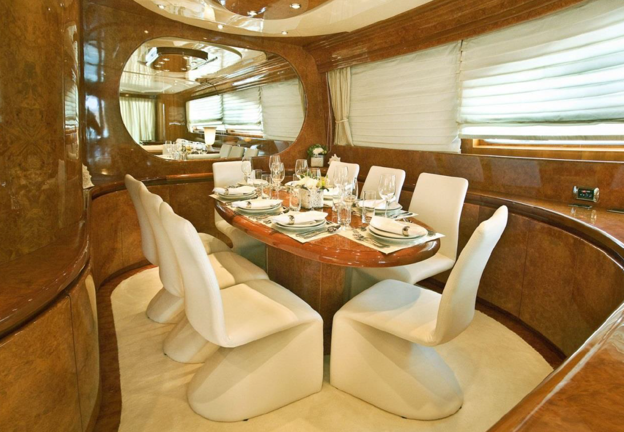 Rental yacht Zoi salon