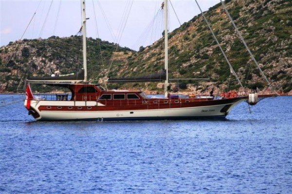 Ilknur Sultan gulet charter in Turkey