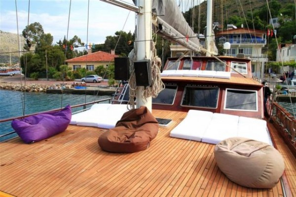 Deck Ilknur Sultan gulet charter in Turkey
