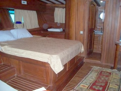 Dreamland 12 pax - Gulet charter with skipper