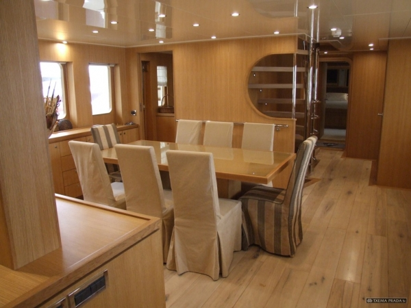 Yate 10 - Rent a yacht in Spain