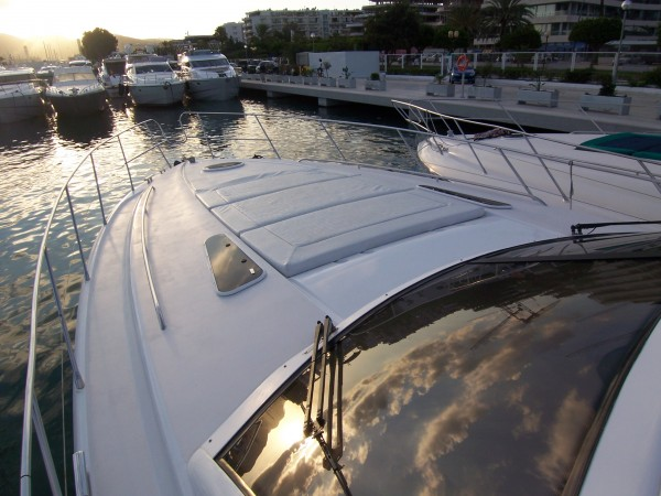 Princess V55 - Yacht charter with crew