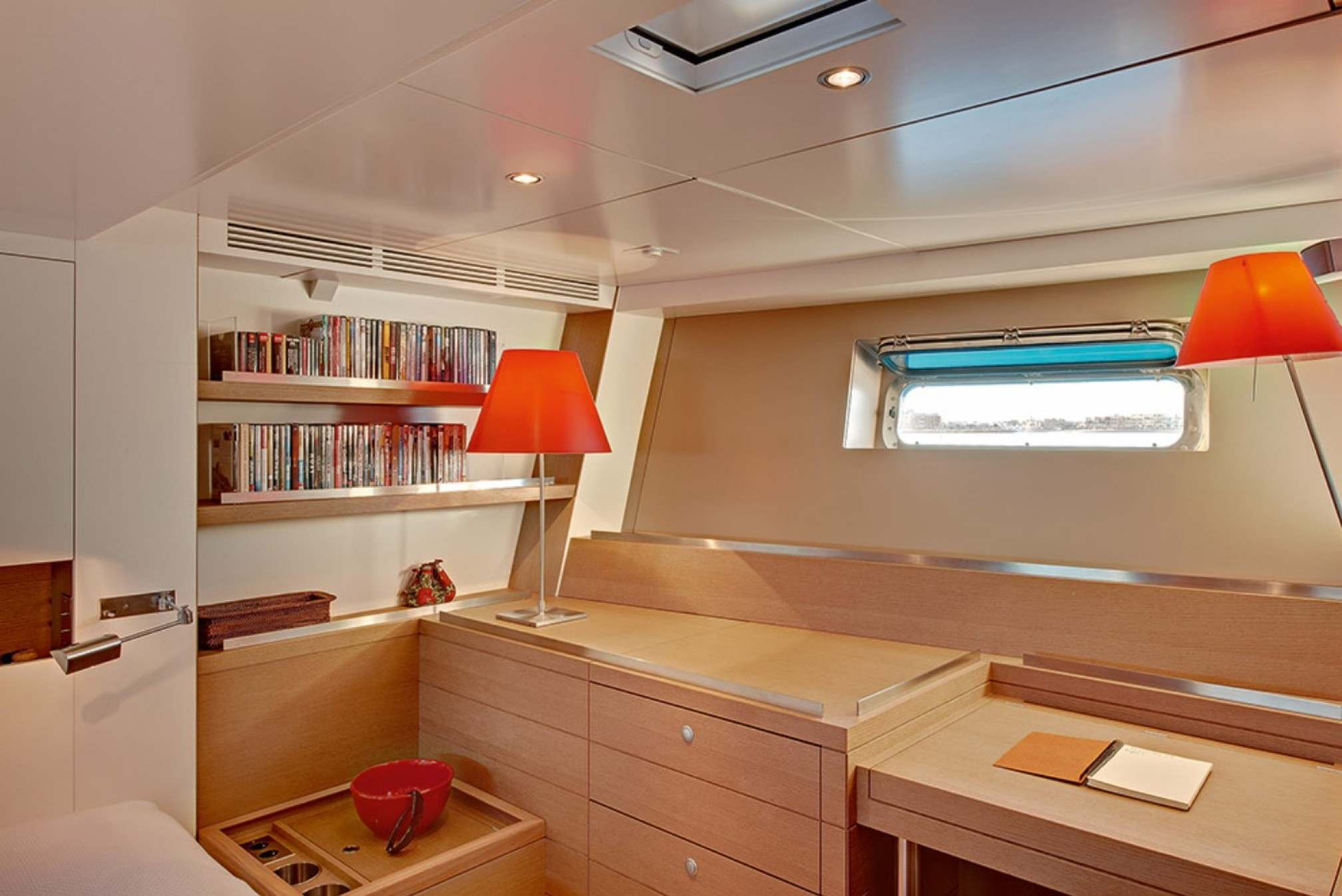Double cabin 1 - CNB 86 -Sailboat holidays