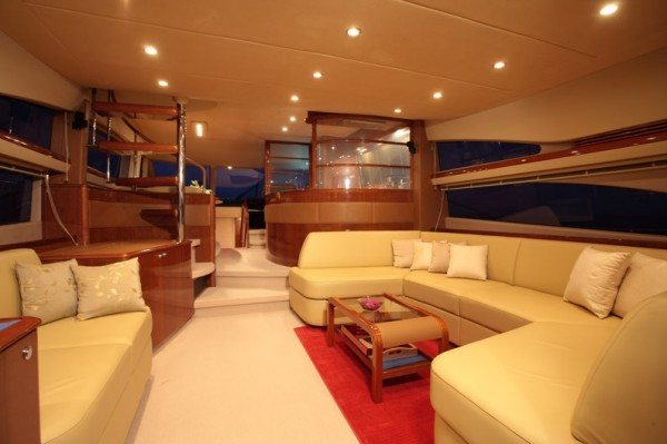 SORANA - Princess 67 - Rent a motorboat in Spain