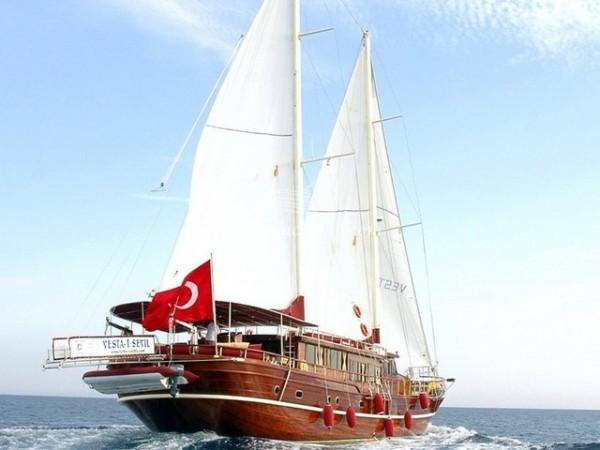Vesta Sevil 16 pax - Gulet charter with crew