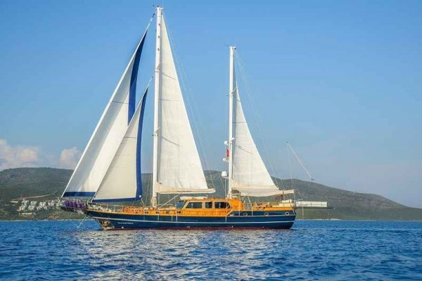 Dea Delmare Gulet charter in Turkey