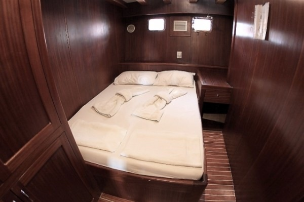 B&B 32 pax - Gulet charter with skipper