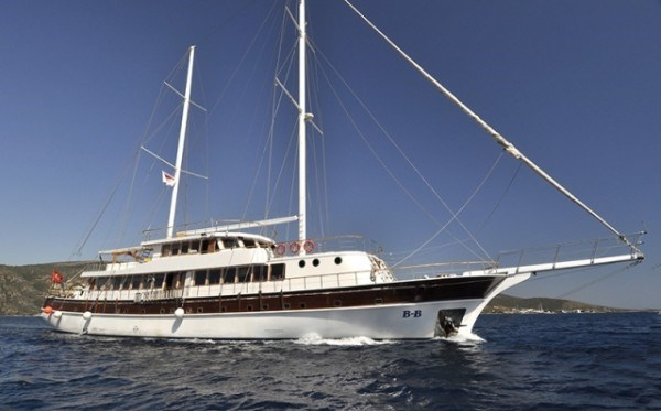 B&B - Gulet charter in Greece