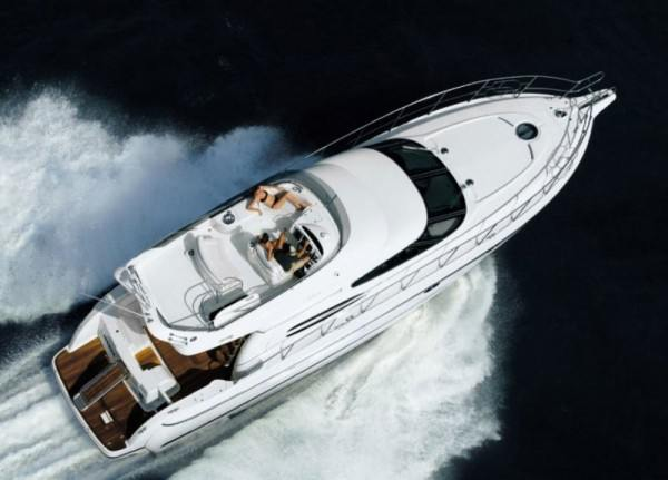 Cranchi Atlantique 48 - Yacht charter in Greece